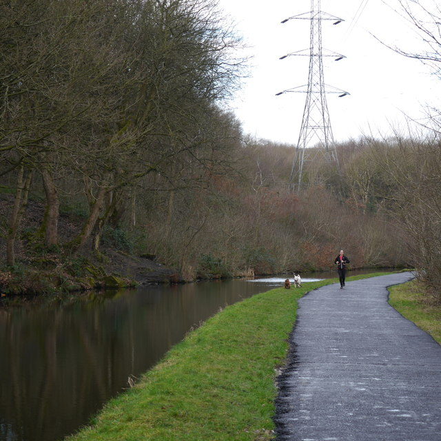 Jogging along the towpath, Leeds & Liverpool Canal