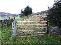 SE0722 : Gate on Sowerby Bridge FP82 by Humphrey Bolton