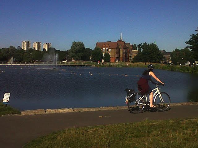 Burgess Park: cyclist