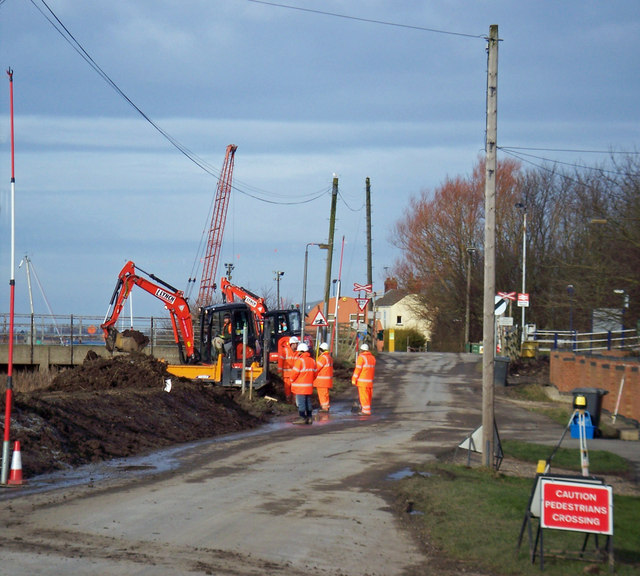 Raising the Flood Banks at Barrow Haven