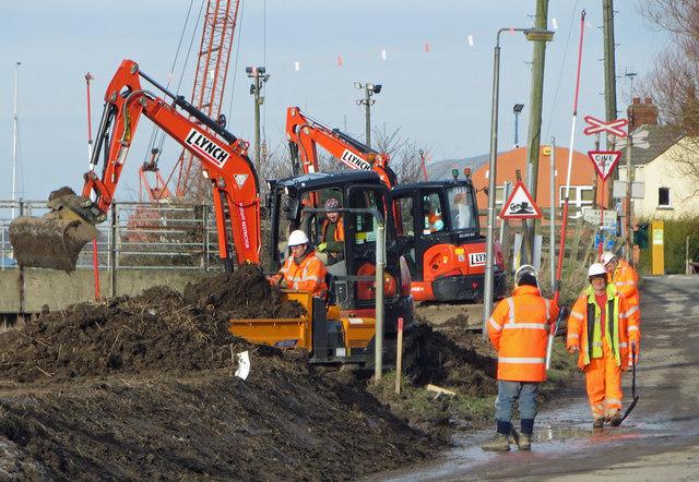 Raising the Flood Defences at Barrow Haven