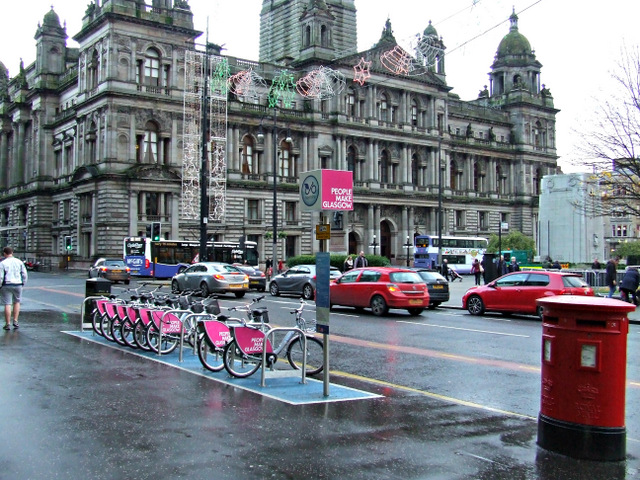Nextbike Glasgow cycle hire point: George Square