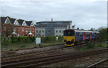 SX9193 : Train approaching Exeter St David's Railway Station by JThomas
