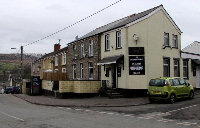 Ton Glwyd Fawr Inn, Cwmdare