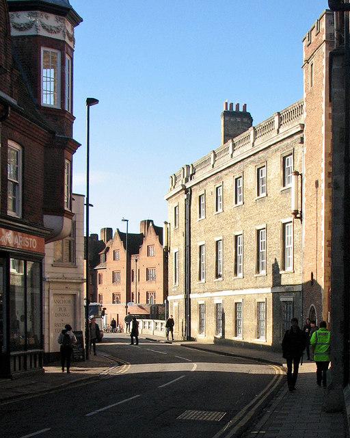 Silver Street: winter sunlight