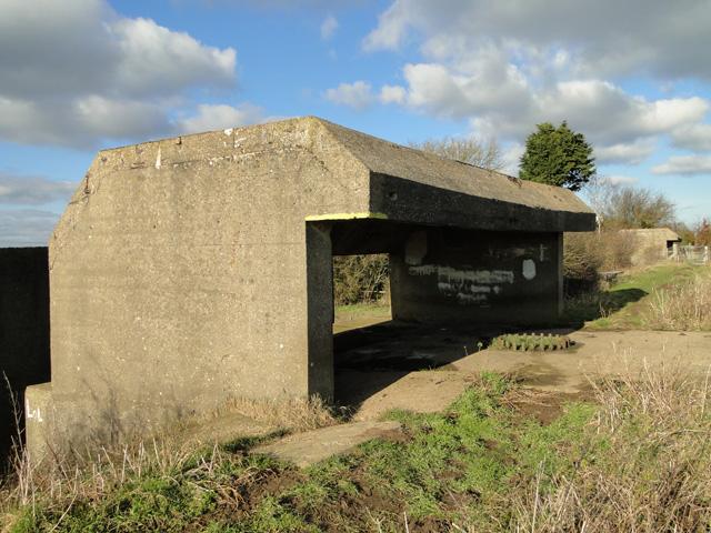 Heavy artillery shore battery
