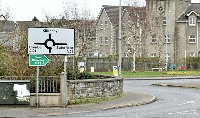 Roundabout sign, Ballygowan (February 2015)