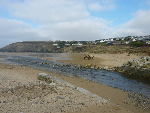The River Menalhyl and beach, Mawgan Porth