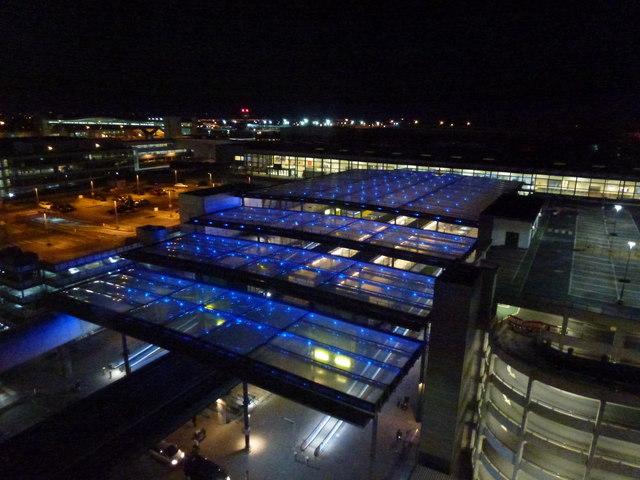 Gatwick Airport North terminal - Covered travelators