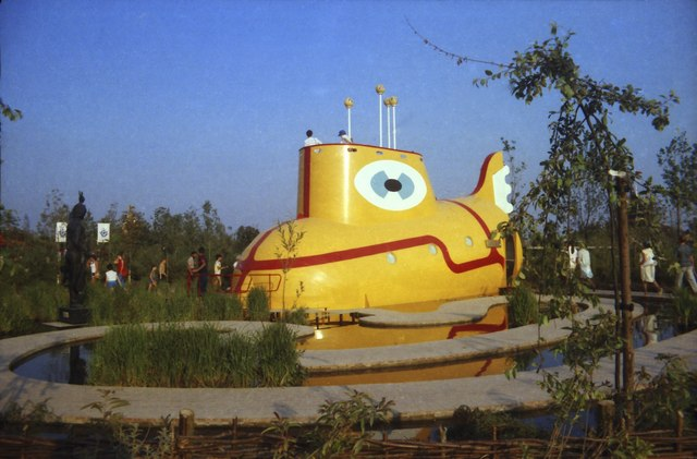 The Beatles Maze and Yellow Submarine