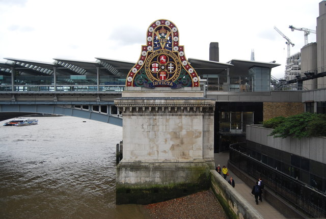 London, Chatham and Dover Railway insignia, Blackfriars Railway Bridge