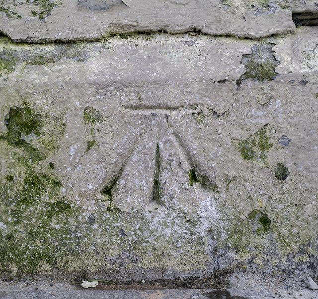 Bench Mark, Holywood