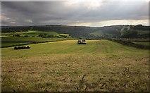 SE1028 : Towards Shibden Dale by Derek Harper