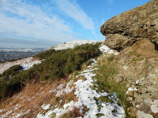 Dumbowie Hill: rock outcrops