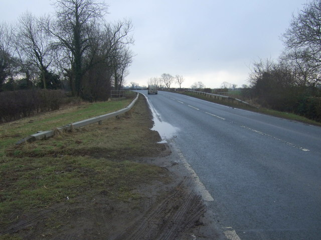 Approaching North Carr Bridge on Whitecross Road (A165)