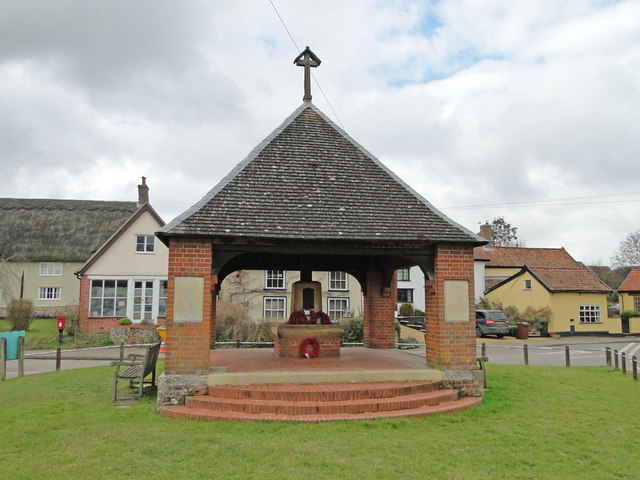 War Memorial at Saxlingham Nethergate
