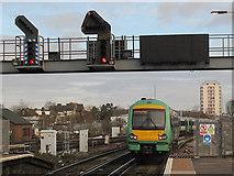 TQ3266 : Diesel unit at East Croydon station (2) by Stephen Craven