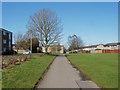 SU8567 : Walkway, Great Hollands by Alan Hunt