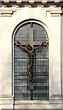 TQ2780 : Tyburn Convent, Hyde Park Place, W2 - Crucifix by John Salmon