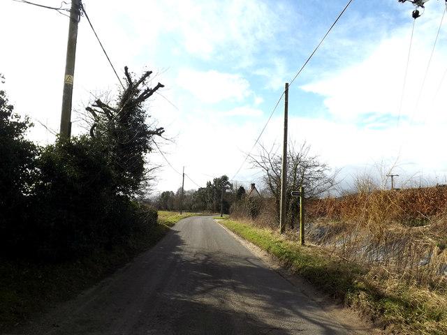 Upper Oakley & footpath
