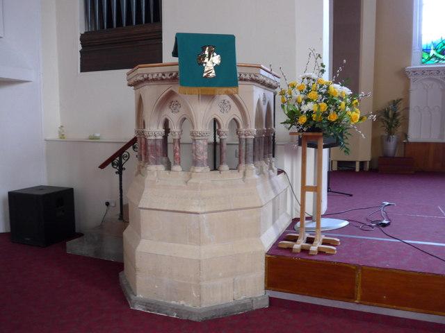 St Thomas, Kendal: font