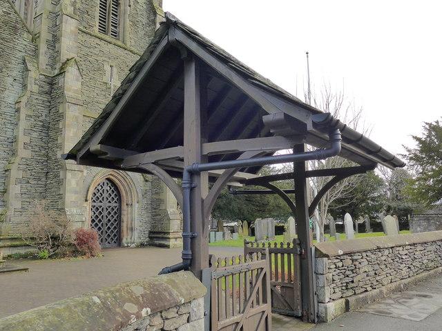 St Oswald, Burneside: churchyard (2)