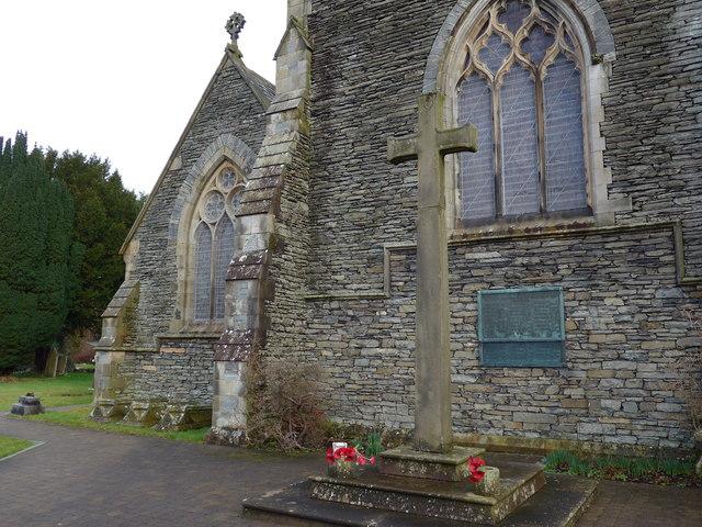 St Oswald, Burneside: churchyard (3)