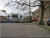 TL4658 : Empty building, Newmarket Road by Hugh Venables