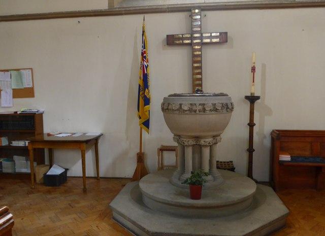 St Oswald, Burneside: font