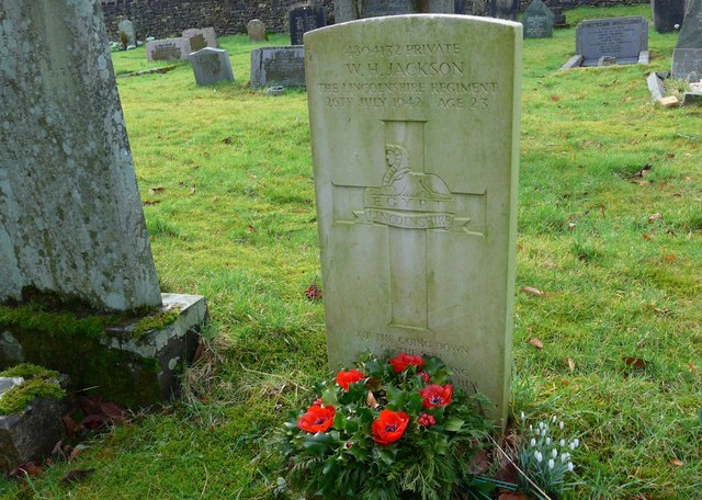 St Oswald, Burneside: churchyard (5)