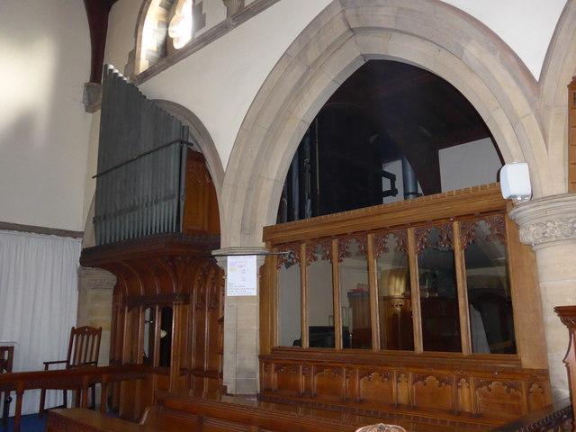 Inside St Oswald, Burneside (c)