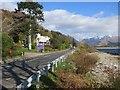 NN0461 : Lodge on the Loch by Richard Webb