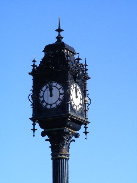 The Clock outside Swan Hunter's Shipyard in Wallsend