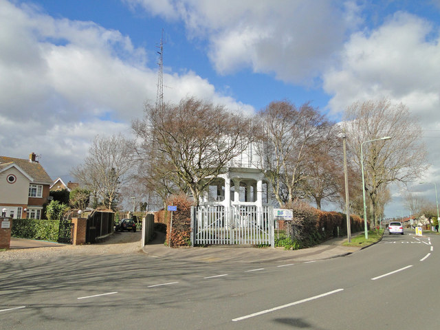 Water tower on Hollingsworth Road