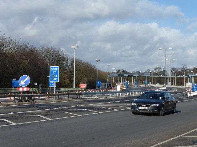 Approaching the Humber Bridge toll plaza