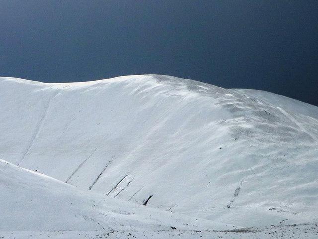 Snow on the west ridge, Arant Haw