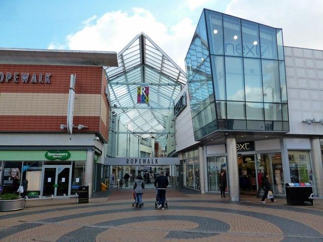 Nuneaton-Ropewalk Shopping Centre