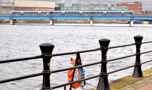 Train crossing the River Lagan, Belfast (March 2015)