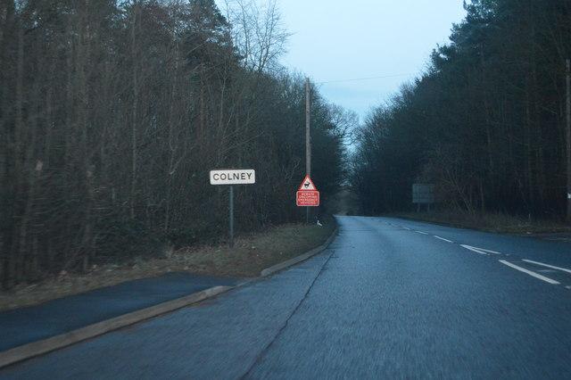 Entering Colney, B1108