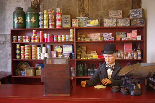 Ancient High House Museum - Grocer's Shop