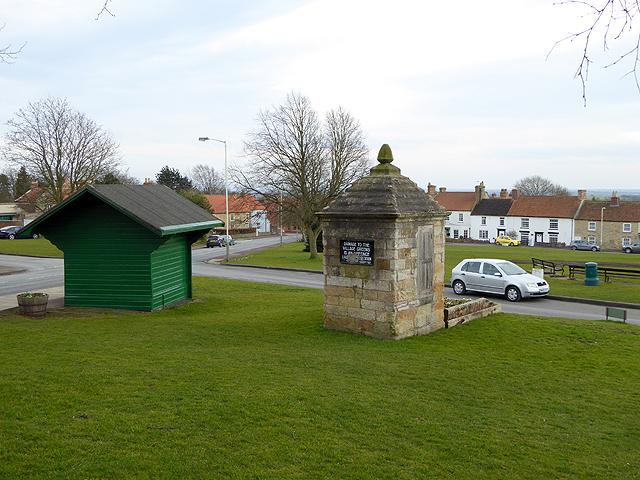 Heighington village green