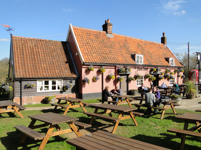 The Fox pub and restaurant at Newbourne