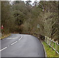 SS8695 : New and old roadside fences, Cymmer by Jaggery
