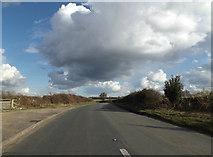 TM1478 : B1118 Lower Oakley, Warren Hills, Scole by Geographer