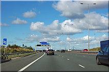 SE4723 : A1(M) northbound by Robin Webster