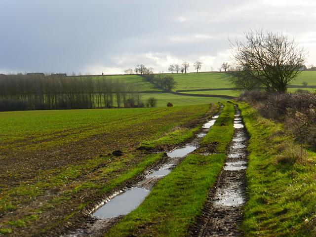 Track and farmland, Hardwick