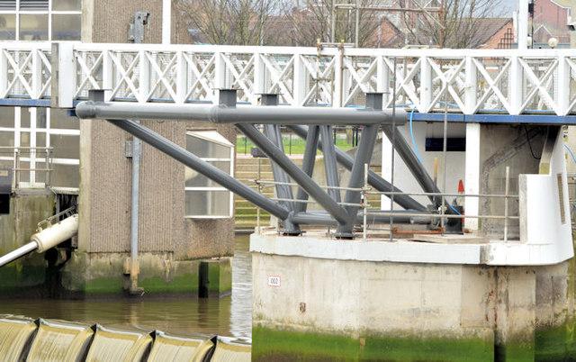 New Lagan weir footbridge, Belfast - March 2015(12)