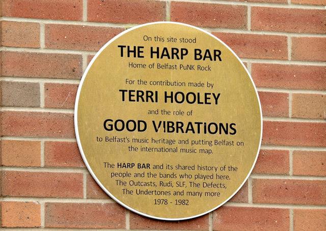 Harp Bar punk rock plaque, Belfast (March 2015)
