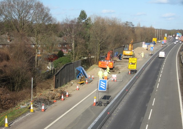 Work on the 'Smart' motorway (M3)