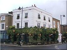 TQ3084 : Hemingford Arms, Barnsbury by Chris Whippet